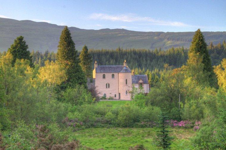 Duchray castle