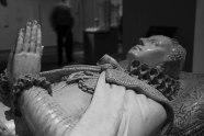 Copia della tomba di Mary Stuart. L'originale è conservata a Westminster, Londra.
