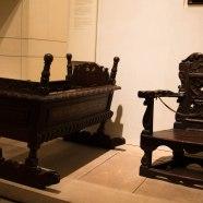 Culla e piccolo trono appartenuti al figlio di Mary Stuart, Giacomo VI