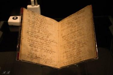 Un manoscritto di Robert Burns conservato al museo ad Alloway