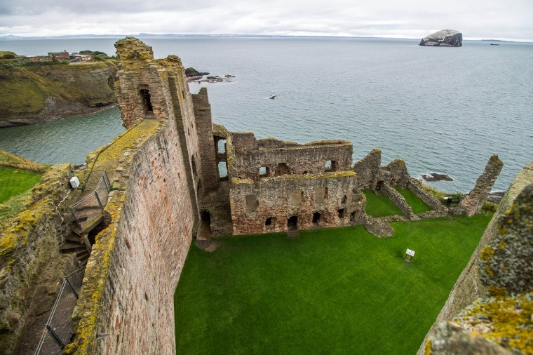 Tantallon Castle_BeatriceRoat