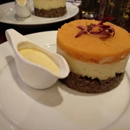 Una torretta di haggis, neeps and tatties mangiata ad Edimburgo