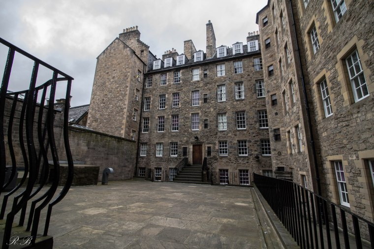 mylne's-close-edinburgh-BeatriceRoat