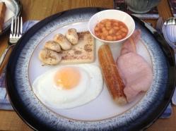 La mia mezza porzione di full scottish breakfast del mattino
