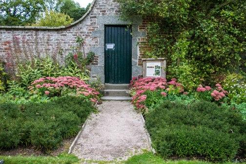 La porta di ingresso del giardino
