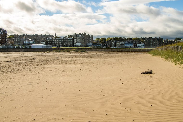 West-Sand-Saint-Andrews-BeatriceRoat