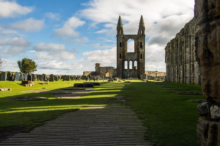Saint-Andrews-Scotland-BeatriceRoat