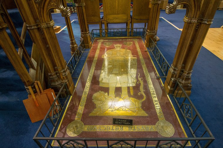 Dunfermline-RobertBruceScozia-nelcuoredellascozia-BeatriceRoat