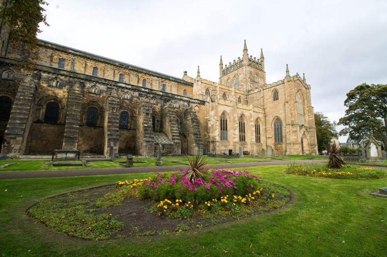 Dunfermline_Scotland_BeatriceRoat