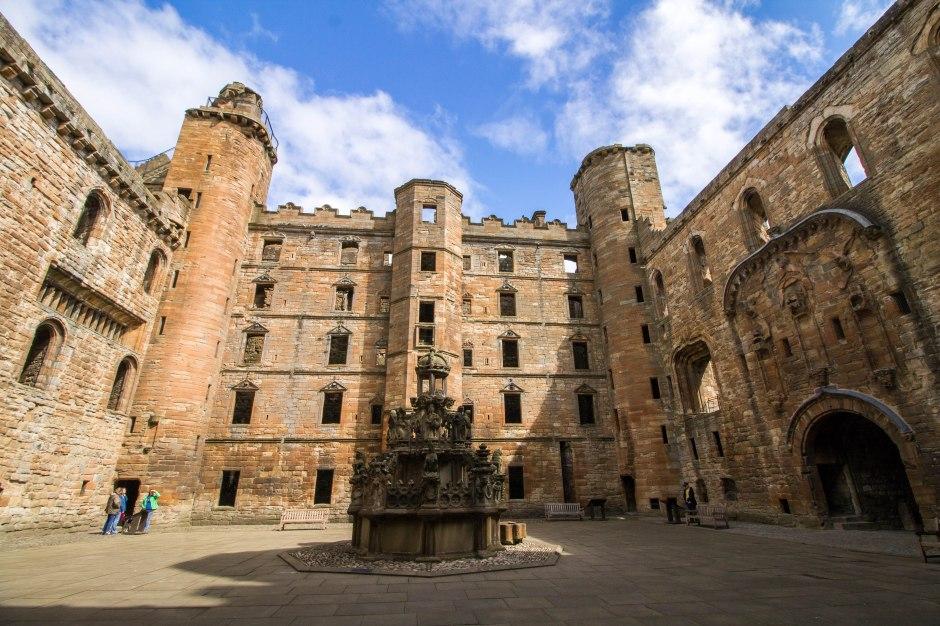 Come Si Dice Letto A Castello In Inglese.Mary Stuart Queen Of Scots Nel Cuore Della Scozia