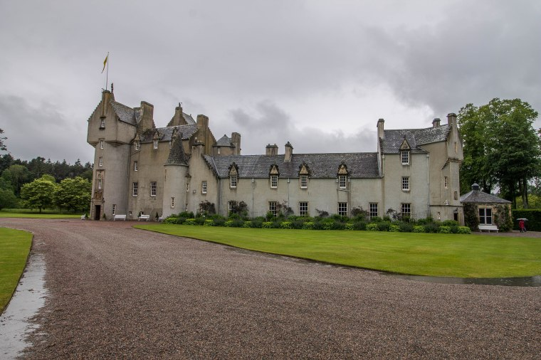 Ballindalloch Castle-BeatriceRoat