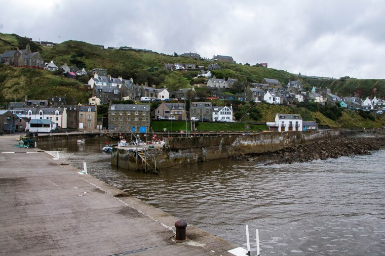 Gardenstown-Scotland-BeatriceRoat