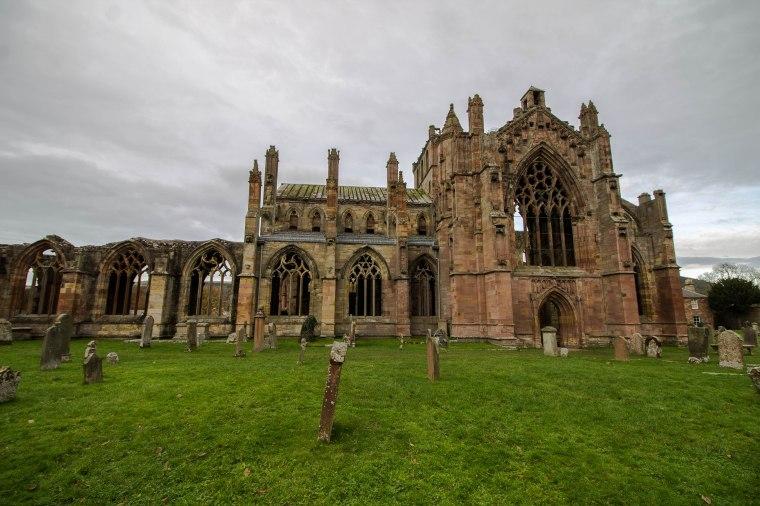 Melrose-Abbey-Scotland-BeatriceRoat