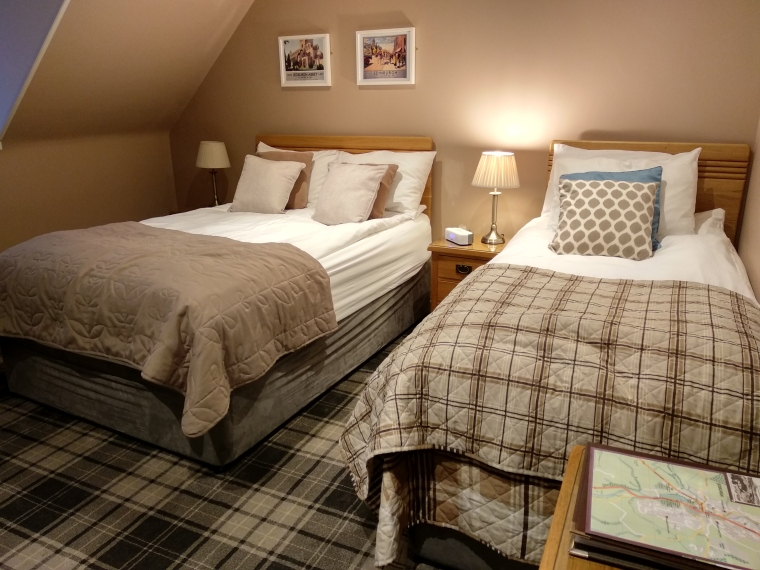 MeadhonGuesthouseJedburgh-Scotland-BeatriceRoat