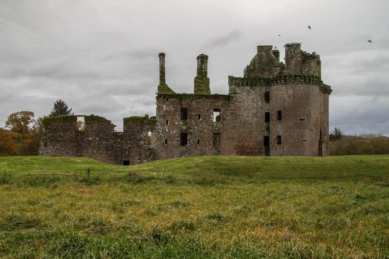 CaerlaverockCastle-Scotland-BeatriceRoat