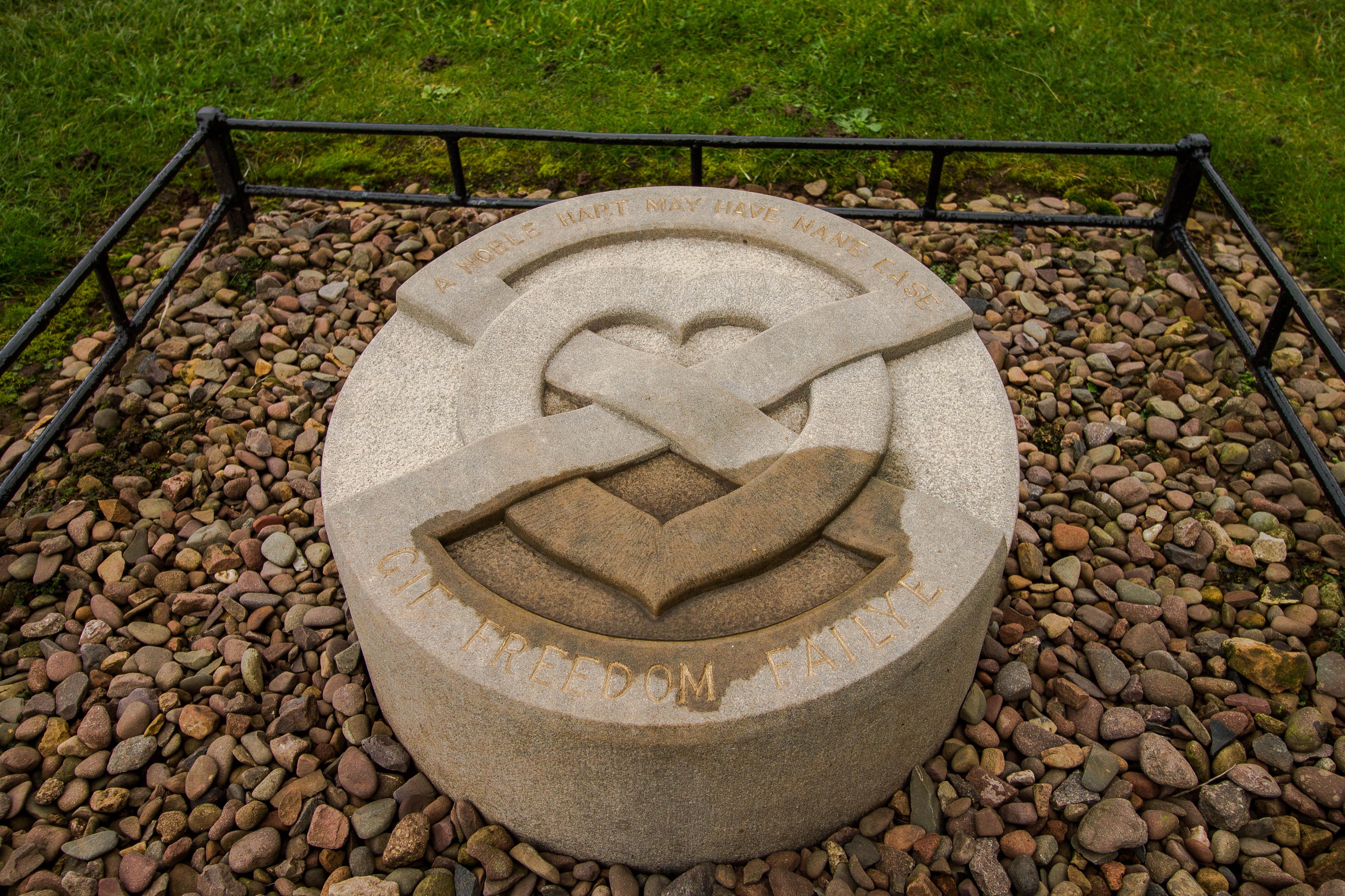 Melrose-Abbey-Robert-Bruce-Scozia-BeatriceRoat