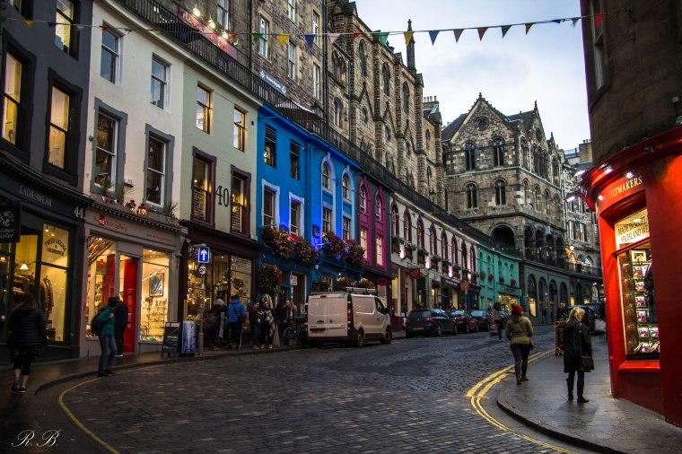Edinburgh-Edimburgo-VictoriaStreet-Scozia-Nelcuoredellascozia-BeatriceRoat