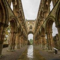 Jedburgh Abbey: visitare l'affascinante abbazia nel sud della Scozia + dove mangiare e dove dormire a Jedburgh